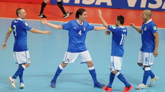 Italy ease past Colombia to take bronze